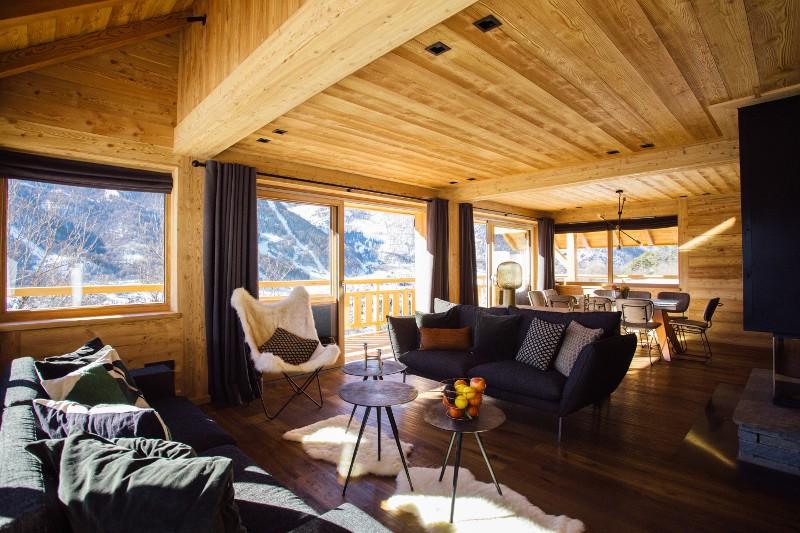5-star accommodation