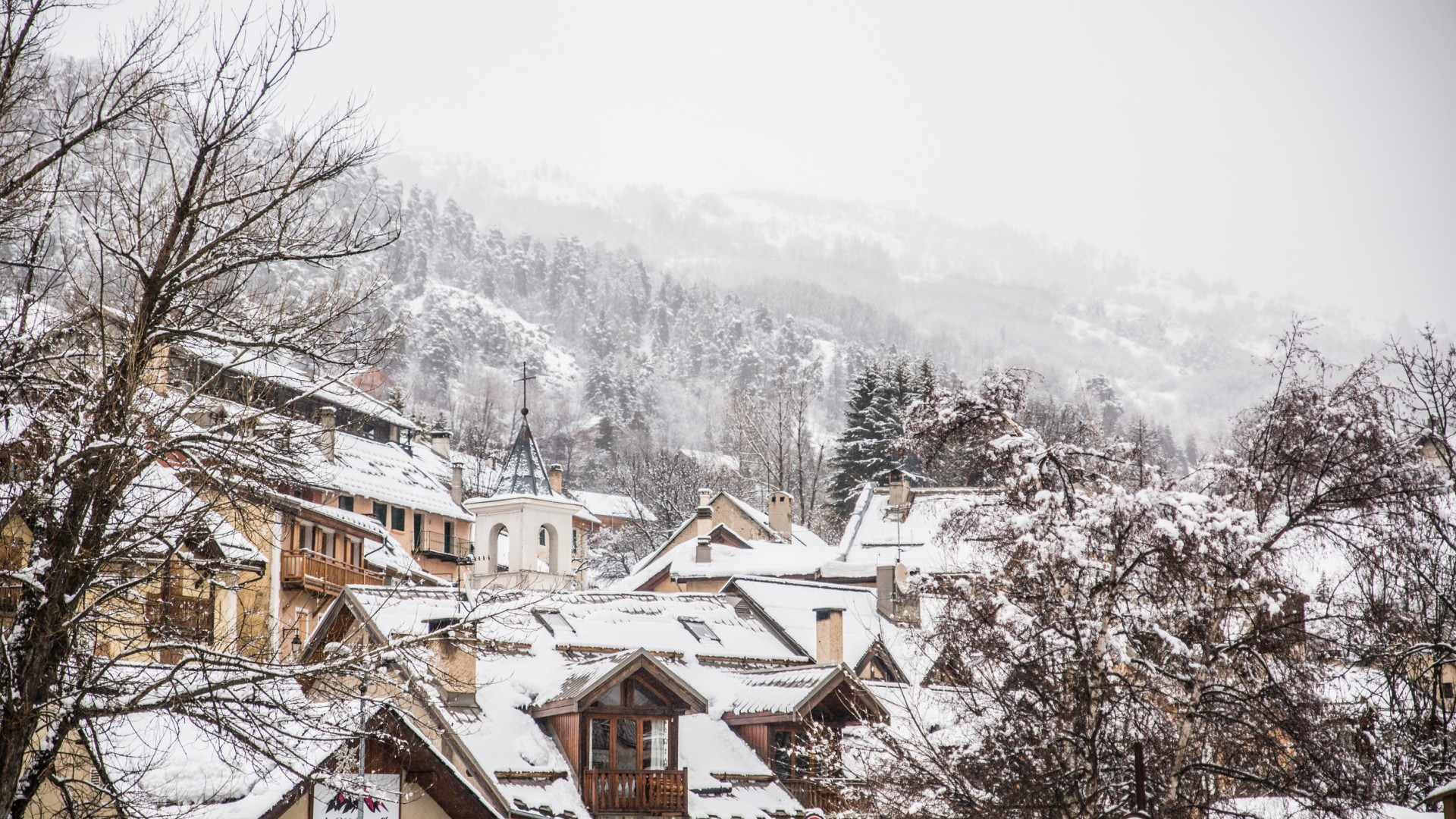 Аренда апартаментов в Серр Шевалье Лё Монетье-ле-Бен