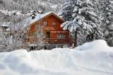 facade-chalet-hiver-240