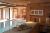 piscine-interieure-200