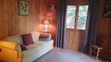 Salon avec chambre à coucher