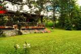 aster-jardin-et-chaises-longues-55783