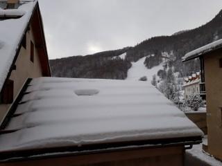 vue-du-balcon-vers-montagne-40203