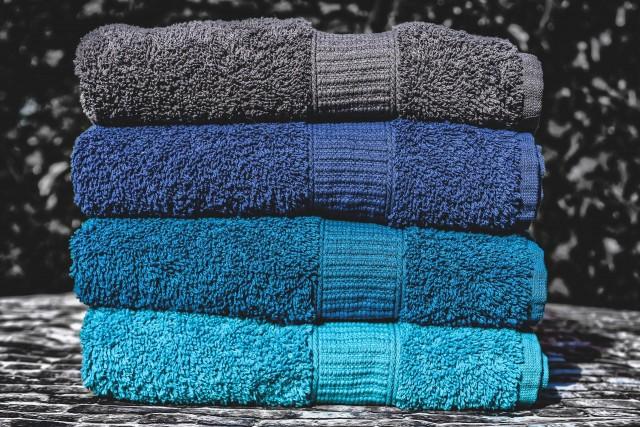 towels-4556644-1920-275177