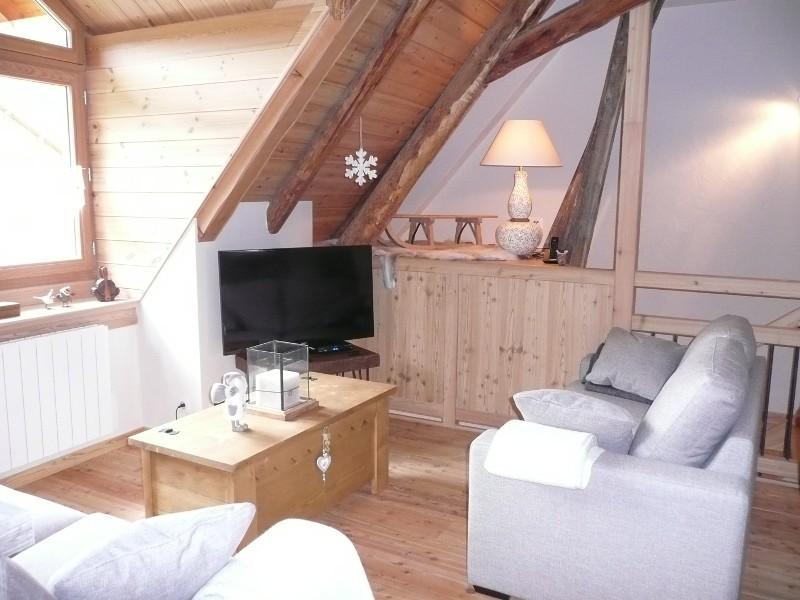 6-salon-sous-lucarne-49708